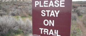 trail-hiking-Stay-on-trail