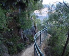 National Pass from Wentworth Falls to Conservation Hut