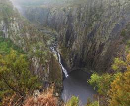 Apsley Gorge Rim walking track Trail Hiking Australia
