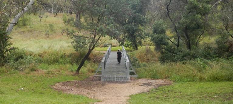 Arch loop track Trail Hiking Australia