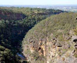 Glenbrook Gorge track Trail Hiking Australia