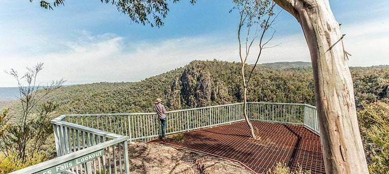 Landers Falls lookout walk Trail Hiking Australia