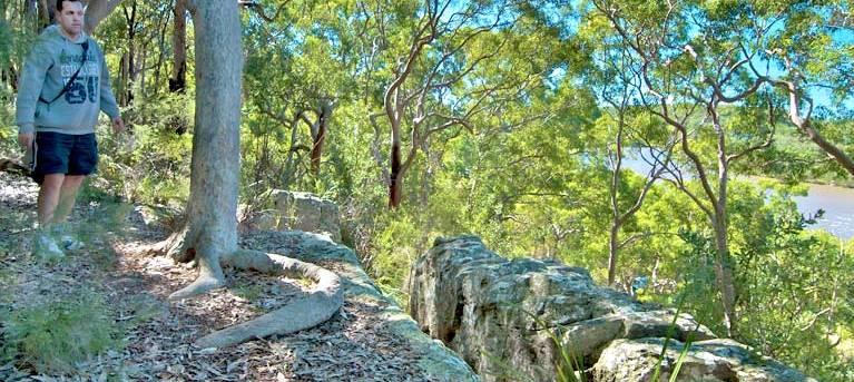 Ridge walking track Trail Hiking Australia