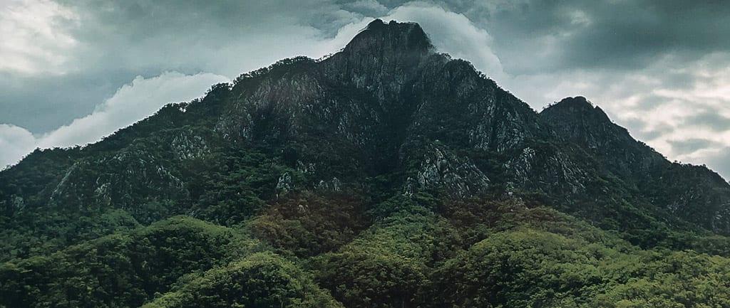 Mount Barney via SE and Peastant Ridge